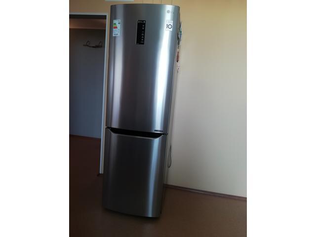 Холодильник LG, NO Frost б/у.