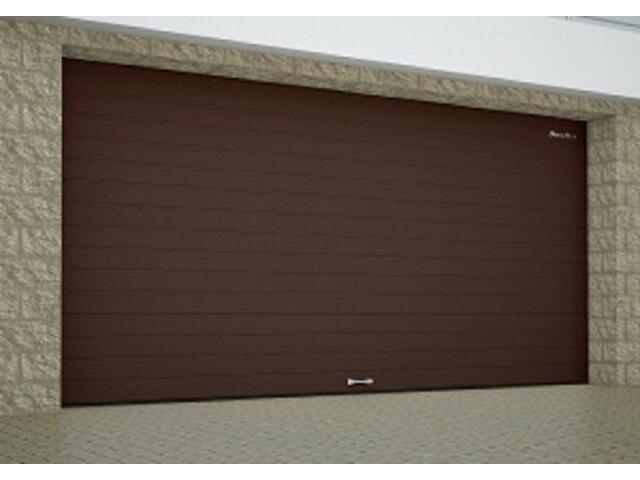Секционные гаражные ворота DoorHan