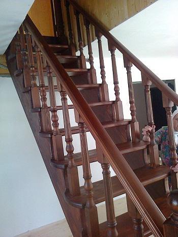 Лестница из массива