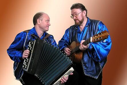 Пригласить музыкантов спеть народные казачьи песни романсы