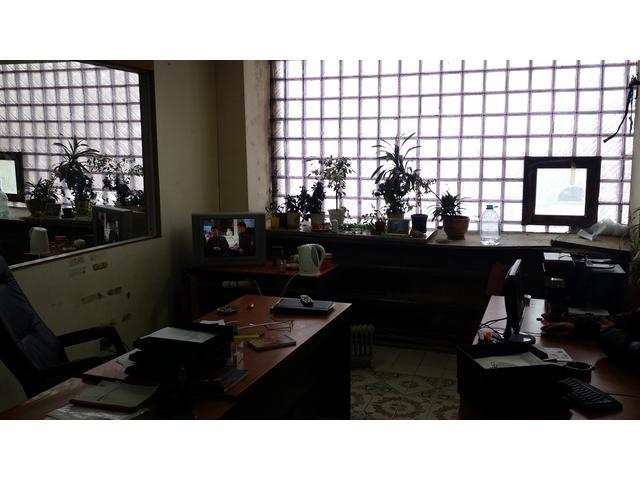 офисное  помещение за забором