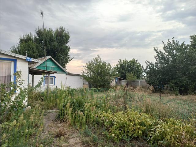 Дом в хуторе Красный Яр